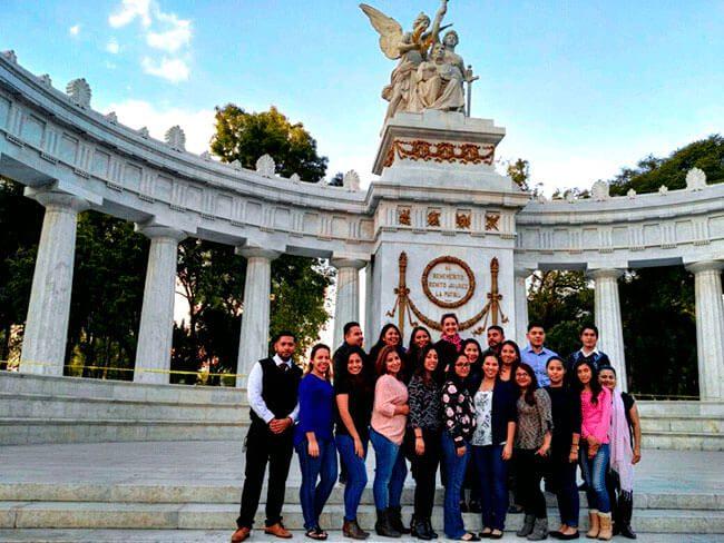 Dreamers darán tutorías de inglés a estudiantes en México