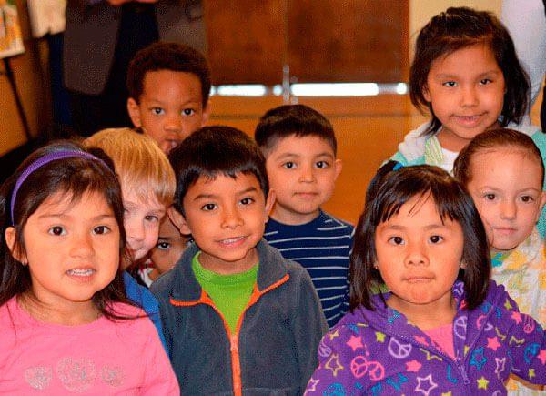 Ninos-latinos-mayores-beneficiarios-de-Obamacare