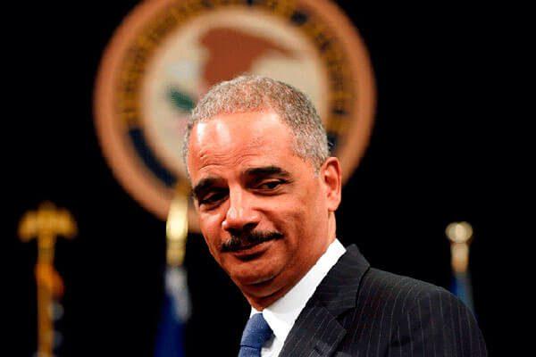 Eric-Holder-la-defensa-legal-que-California-empleara-contra-la-deportacion