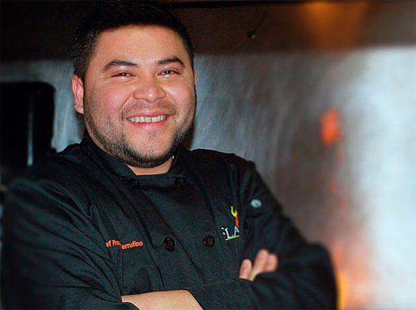 Chef salvadoreño de Meridian Pint enciende el motor de su food truck panamericano