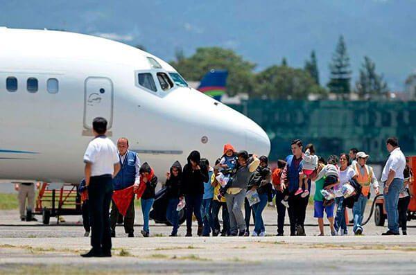 Reciben-a-deportados-con-los-brazos-abiertos-en-Mexico