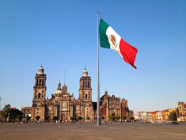 UC-President-Napolitano-to-meet-with-Mexicos-government-education-and-business-leaders- 2