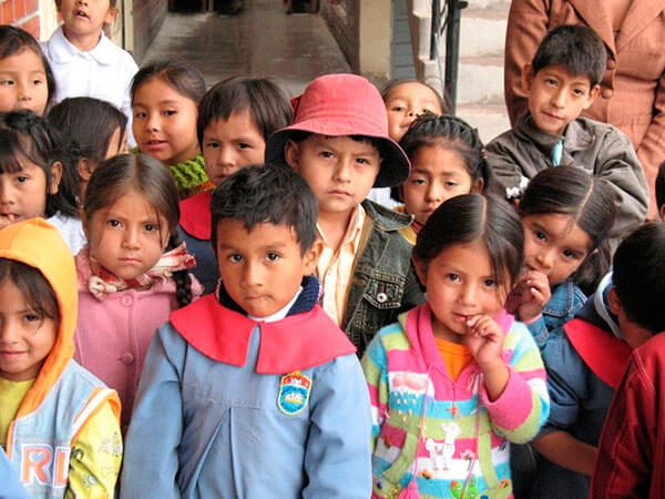 Habilitan hogares a niños migrantes en México