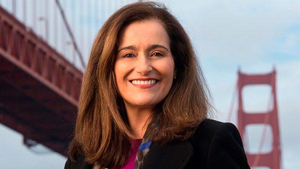 """La primera CEO latina de una compañía Fortune 500: """"Hablar bien español siempre me ha beneficiado"""""""