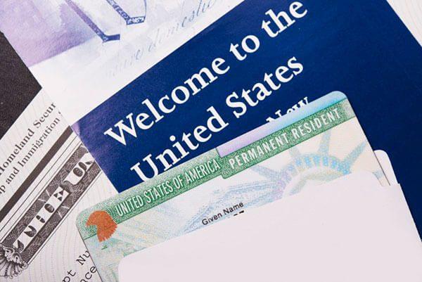 USCIS Expedirá Tarjetas Verdes y Documentos de Autorización de Empleo Rediseñados