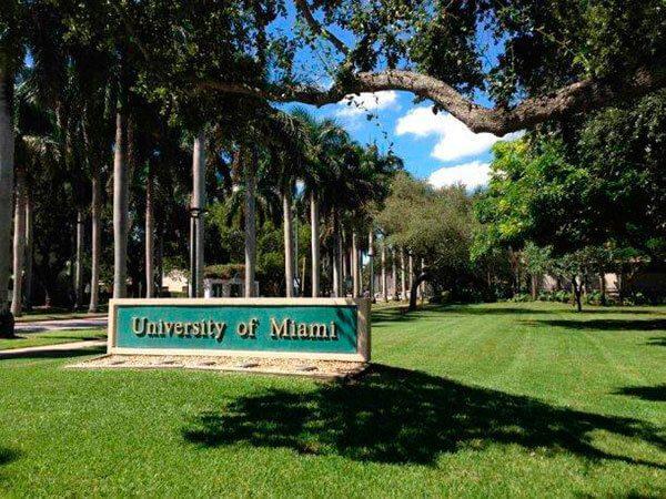 Universidad de Miami lanza beca para latinos y caribeños