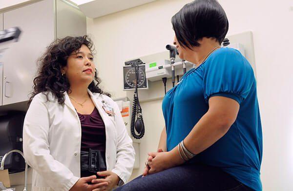 Como-inmigrante-no-hay-que-tener-miedo-de-ir-a-su-clinica-comunitaria