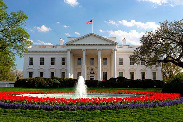 La Casa Blanca vuelve a hablar en español en internet