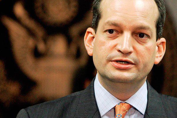 Senado confirma al único latino en el gabinete del presidente de EEUU