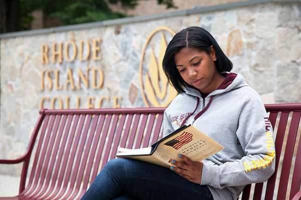 Joven-hispana-es-aceptada-en-prestigiosas-universidades