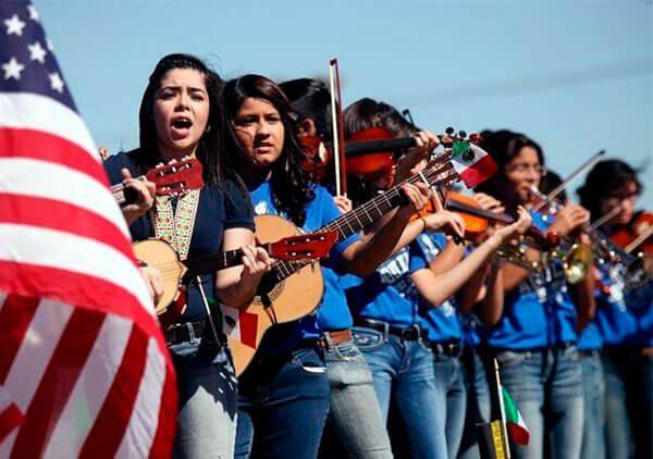 Colabora Universidad de Aguascalientes en apoyo a migrantes en Chicago