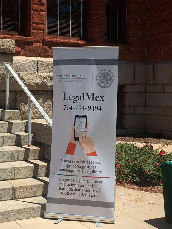 Lanzan línea telefónica con ayuda legal para mexicanos del condado de Orange