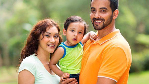 Ofrecen taller informativo para padres indocumentados con hijos menores