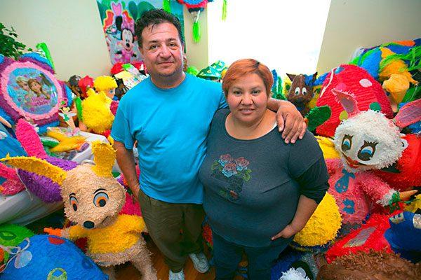 Propietarios de Jumpolín abren una nueva tienda de piñatas al este de Austin