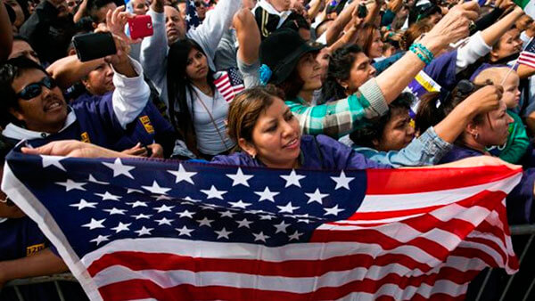 Beneficiarios del TPS en 8 estados podrán solicitar la Residencia en EE.UU.