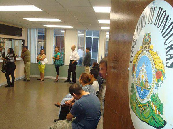Consulados-en-Estados-Unidos-dan-asesoria-legal-a-hondurenos