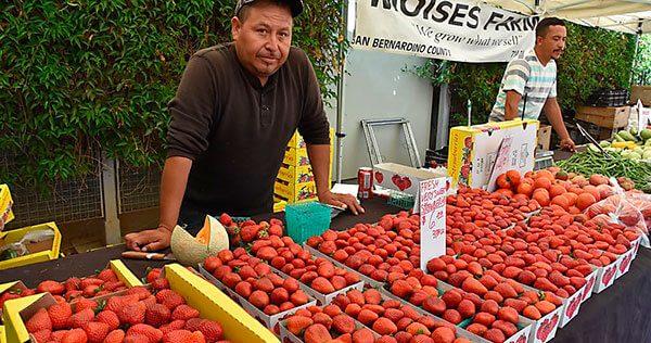 El emprendimiento de un cocinero que ayuda a los hispanos a mejorar su salud