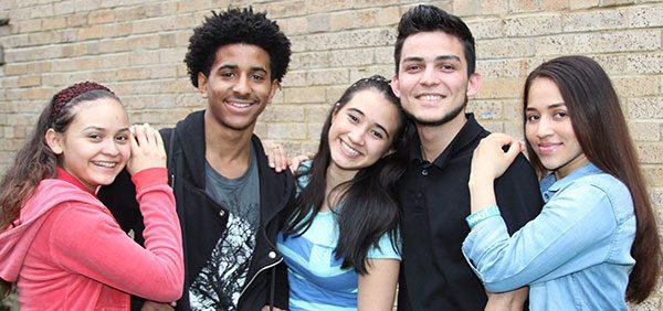 Latin American Youth Center brinda actividades de apoyo para los jóvenes de DC y Maryland