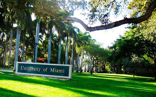 Universidad de Miami extiende programa para los estudiantes bajo programa DACA