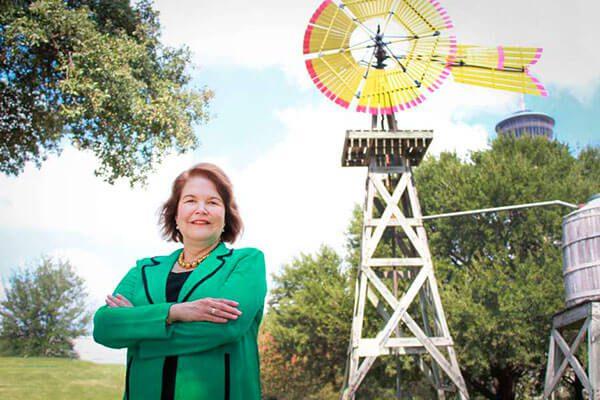 Judy Canales lanza campaña para ser la primera latina de Texas en el Congreso