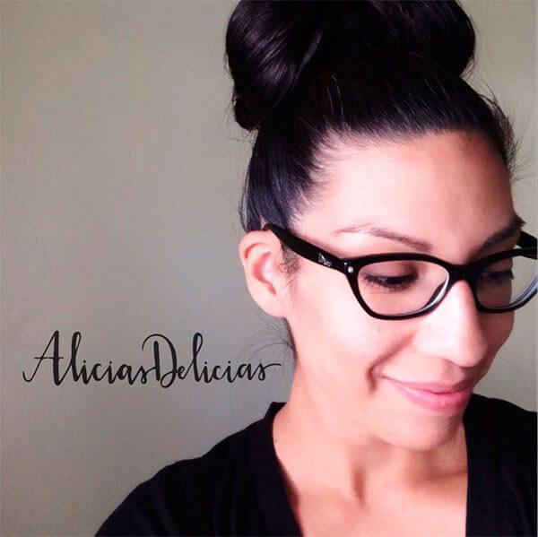 Alicia-Becerra-convierte-sus-galletas-en-un-lienzo-para-arte-comestible