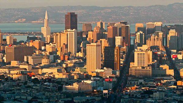 Nueva ley de California protege a indocumentados de amenazas de deportación de arrendatarios