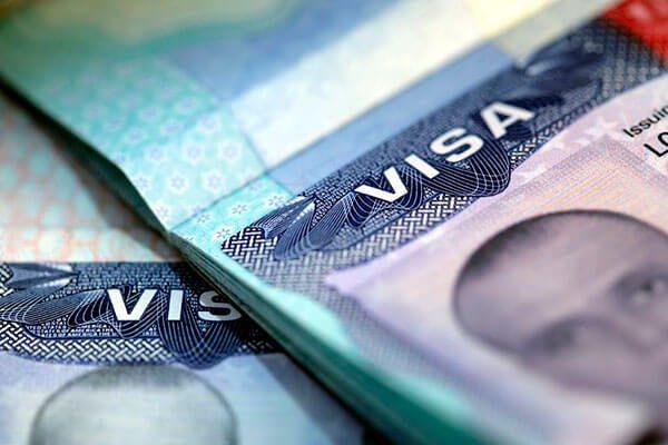 Procesamiento Prioritario Disponible Ahora para Todos los Peticionarios que Buscan Obtener Visas H-1B