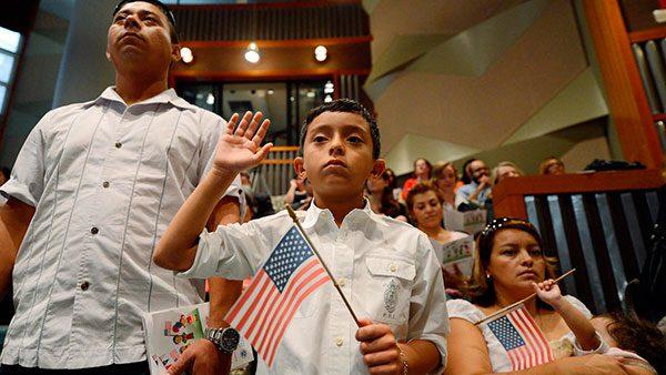 USCIS Anuncia los Receptores de cerca de $10 Milliones en Fondos para Apoyar a los Programas de Preparación en Ciudadanía