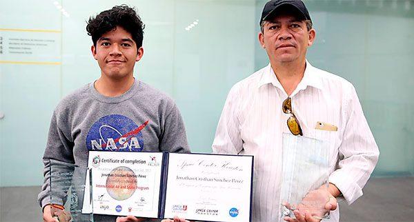 Joven-mexicano-logra-el-segundo-lugar-en-competencia-de-la-NASA