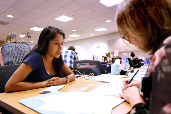 USCIS permitirá presentar de nuevo ciertas solicitudes de renovación de DACA