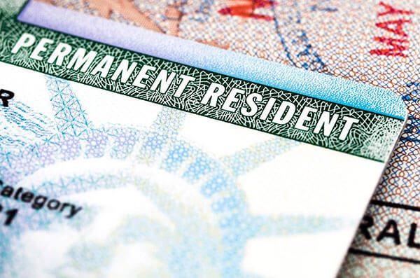 La Federación Nacional del Comercio advierte sobre estafas con procesos migratorios