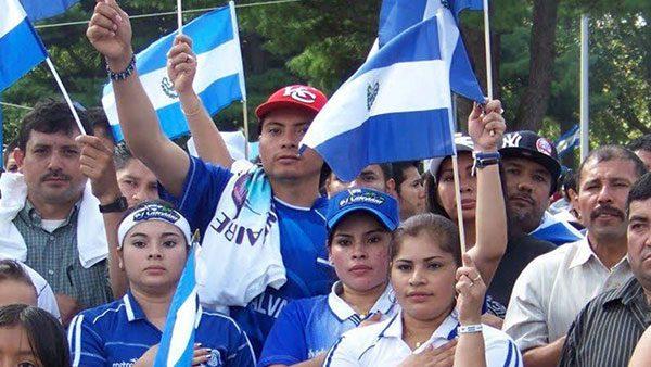 USCIS-envia-alerta-de-reinscripcion-a-TPS-para-salvadorenos
