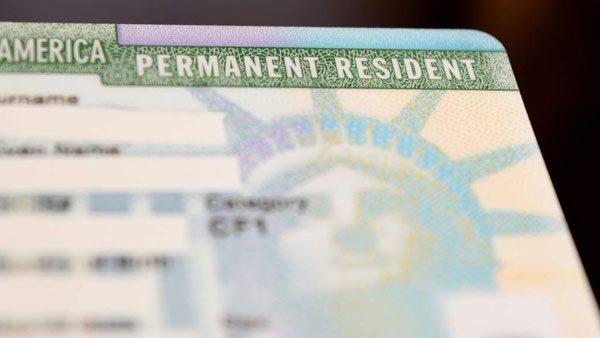 """Condiciones para recibir tu """"green card"""" por correo"""