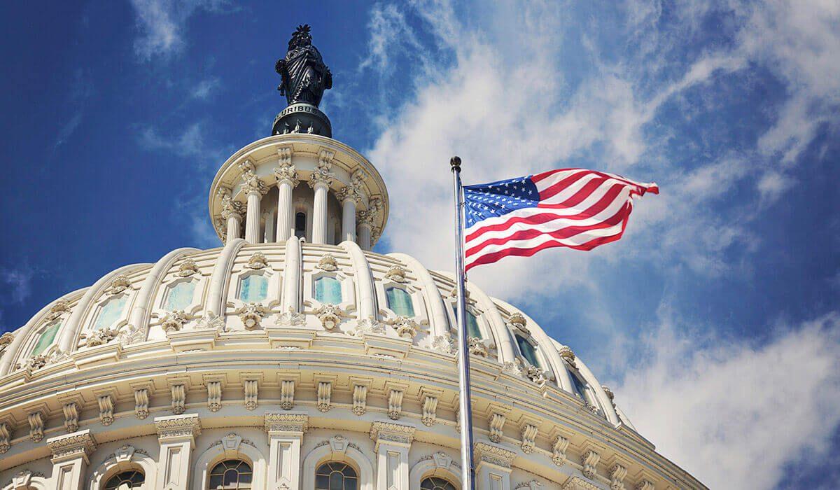 Migrantes indocumentados pueden tramitar su licencia de conducir en Washington DC