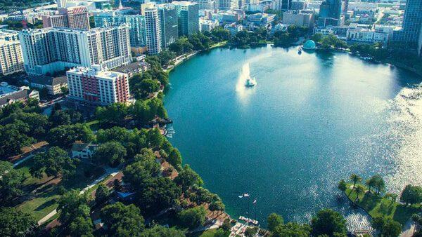 Orlando con su nueva resolución mantiene su protección a los inmigrantes