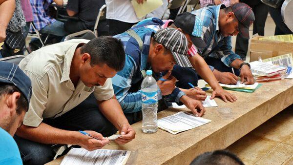 """Acude a la """"Feria de empleo"""" para residentes latinos de Virginia"""
