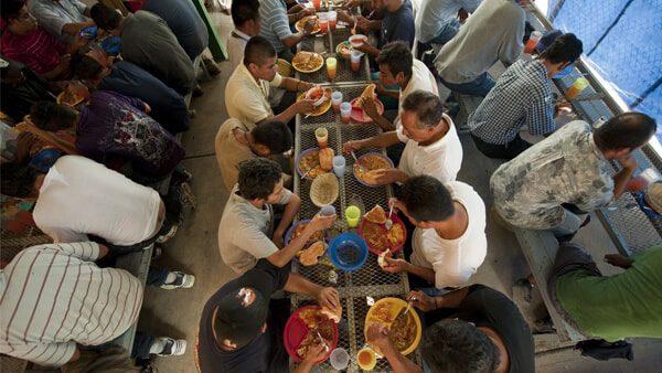 Conoce la guía de rutas y albergues que apoyan a migrantes en tránsito
