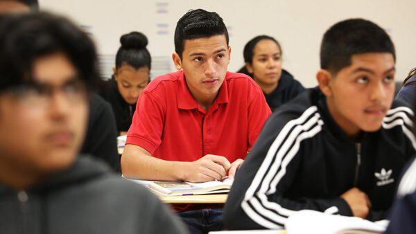 Consulta las universidades para latinos que buscan estudiar inglés en Estados Unidos