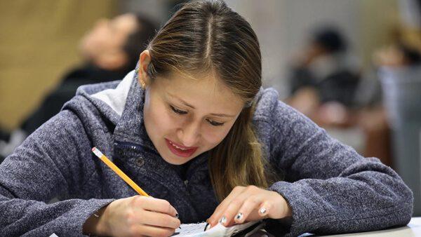 Programa de becas para beneficiarios DACA en universidades de Estados Unidos