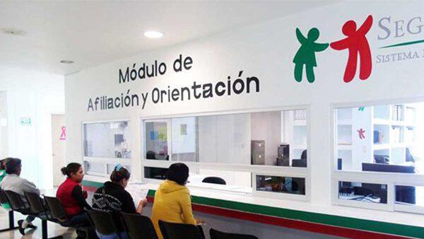 Si tú y tu familia están de regreso en México, afíliate al Seguro popular