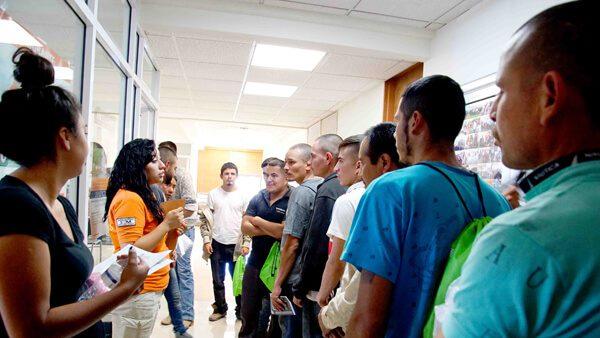 Si regresaste a México, realiza tus trámites migratorios ante el Instituto Nacional de Migración