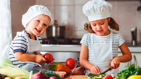 ¿Cómo alejar a tus hijos de la obesidad