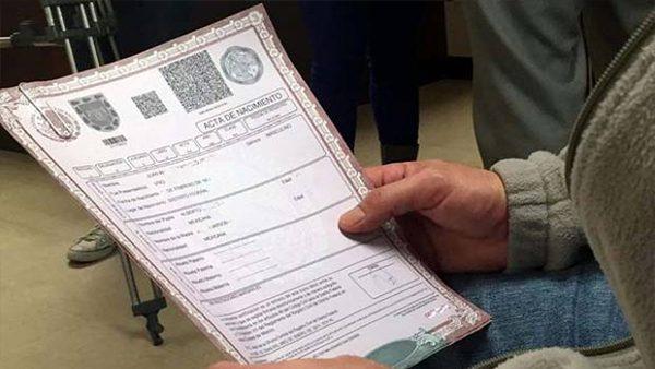 Amigo mexicano, te decimos cómo obtener una copia de tu acta de nacimiento