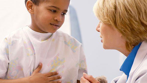 Esto es lo que tienes que saber de la colitis ulcerosa en los niños