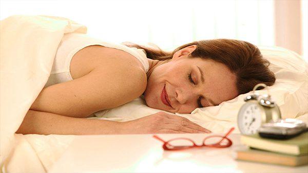 Para una mejor vida de un paciente con epilepsia, comer y dormir bien son elementales