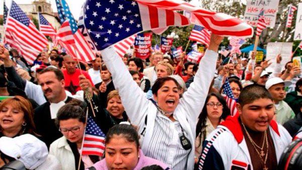 acceso-latino-es-un-portal-gratuito-de-apoyo-para-nuestros-amigos-migrantes-que-viven-en-estados-unidos.