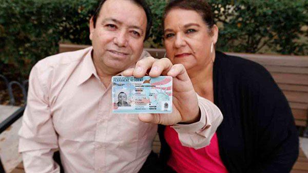 Conoce las herramientas de ayuda a los indocumentados para obtener la residencia y otros beneficios en Estados Unidos