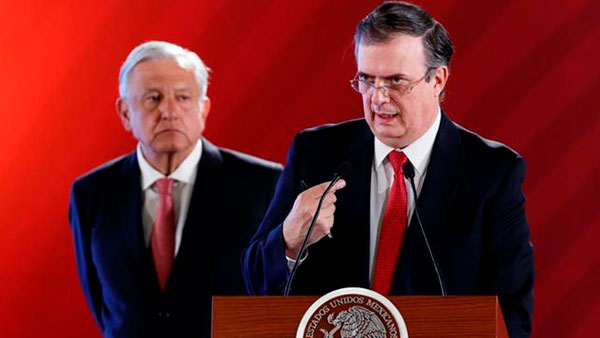 Gobierno de Ciudad de México lanza decálogo para apoyo a indocumentados en Estados Unidos