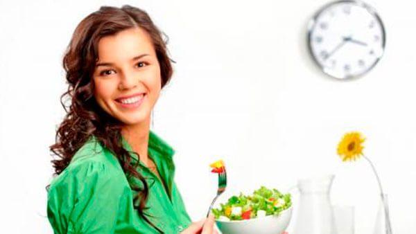 Prevén la gastritis con estos consejos