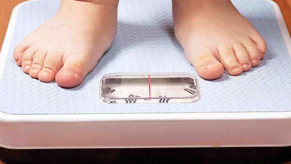 Jóvenes con problemas de obesidad